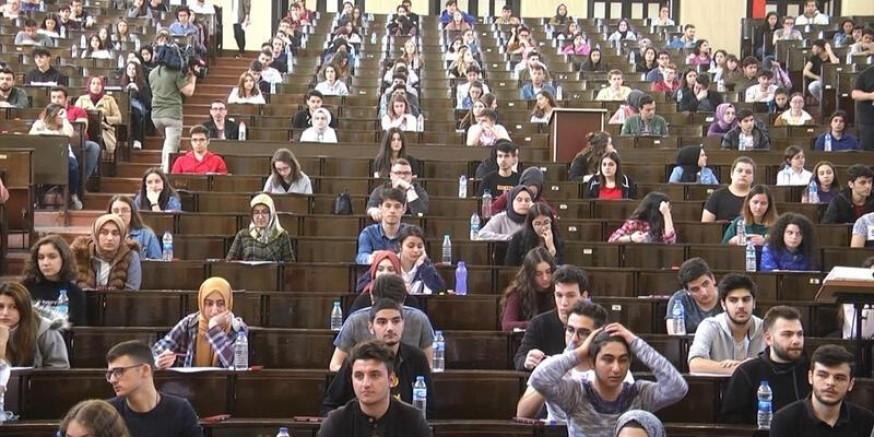 Suriyeliler Üniversiteye Sınavsız Giriyorlar Dedikodusu